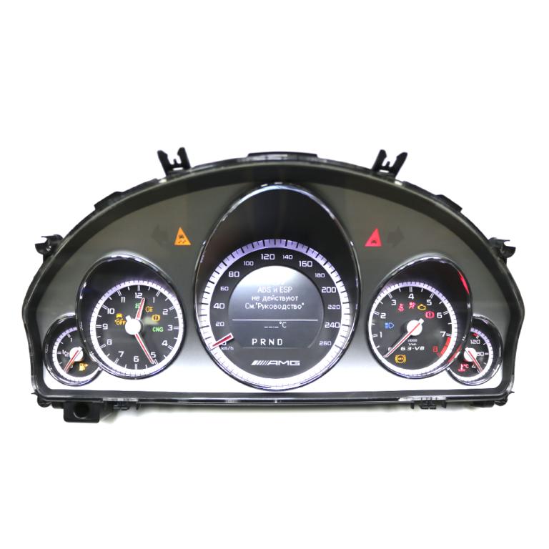 Приборная панель E-Class W212 AMG
