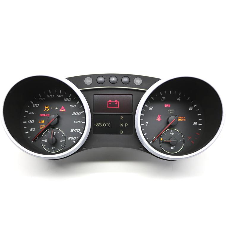 Приборная панель M-Class W164 AMG